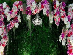 เลือกดอกไม้จัดงานแต่งตามฤดูกาล ช่วยประหยัดงบได้