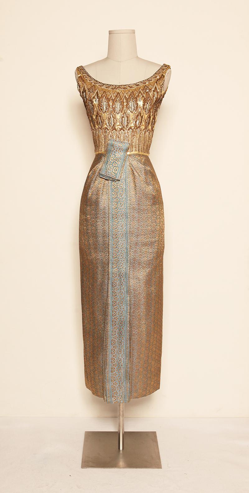 sarasod-thai-dresses